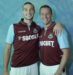 Andy Carroll and Kevin Nolan Andy Carroll, West Ham United Fc, Blowing Bubbles, Sports, Sport