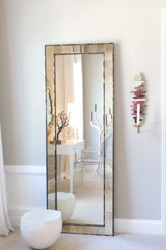 Mirror Full Length Floor Mirror With A Small Decoration On The Wall Great Home Interior Full Length Floor Mirror Driftwood. No Frame. Long Mirror, Round Wall Mirror, Mirror Mirror, Big Mirrors, Floor Mirrors, Huge Mirror, Entryway Mirror, Beautiful Mirrors, Decoration Bedroom