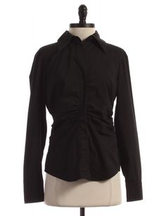 Check it out! New York & Company, Size 6. Priced at $11.95.