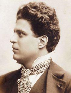 Pietro Mascagni (Livorno, 7 dicembre 1863 – Roma, 2 agosto 1945) è stato un compositore e direttore d'orchestra    #TuscanyAgriturismoGiratola