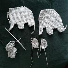 Arkea ja unelmia: Norsu vaunulelu Cute Crochet, Crochet For Kids, Crochet Toys, Knit Crochet, Knitting Projects, Crochet Projects, Nursery Bunting, Manta Crochet, Crochet Doll Pattern
