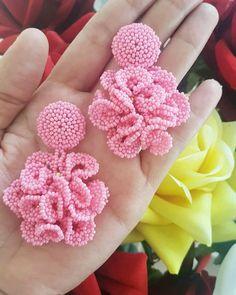 Bead Embroidery Jewelry, Beaded Jewelry Patterns, Fabric Jewelry, Beaded Embroidery, Beaded Earrings, Earrings Handmade, Crochet Earrings, Handmade Jewelry, Silk Bangles