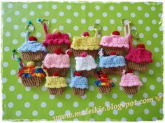 Cute crochet cupcake pouches