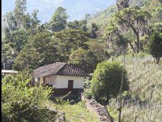 En una aldea o pueblito de Honduras !