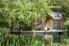 Summerhouse sul lago | Shabby Chic Mania by Grazia Maiolino