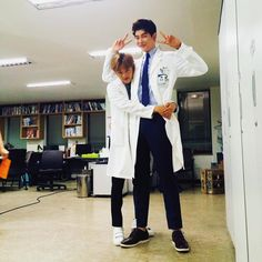He so tall (yoon kyung sang) beside him (kim min suk)