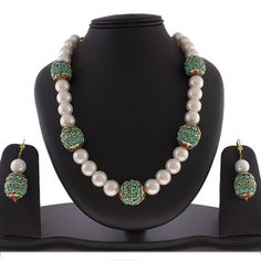 Pearl and Kundan ball necklace!