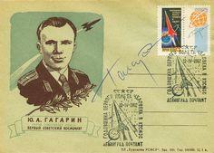 Sobre del cosmonauta Yuri Gagarin Alekseevich con su firma manuscrita original