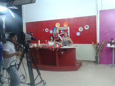 En el canal de TV Cristal - luciendo las velas de Creaciones Anykar para esta Navidad 2014!!