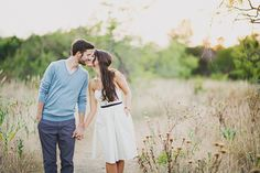 sweet field engagement pictures. so cute & simple.
