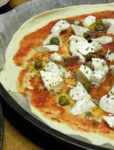 Hiperica di Lady Boheme: Ricetta della pizza con pasta madre e sera sul mare