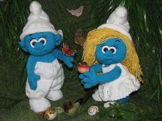 Handmade Smurf and Smurfette dolls Smurfette, Knitted Dolls, Doll Patterns, Smurfs, Christmas Ornaments, Knitting, Toys, Holiday Decor, Handmade