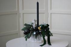 Aranjament pentru Crăciun cu lumânare din ceară naturală de albine – Flowers of Soul Vase, Home Decor, Decoration Home, Room Decor, Jars, Vases, Interior Decorating, Jar