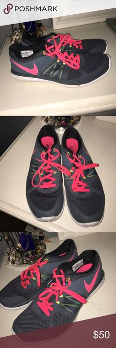 Nike tennis shoes Worn a few times. Still in good shape. Don't smell like feet. Shoes