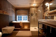 Fantastic bath from Hafjell cabin in Norway Ad Architectural Digest, Big Baths, Building A Cabin, Cabin Bathrooms, Mountain Decor, Cabin Interiors, Cabins And Cottages, Bathroom Renos, Cozy Cabin