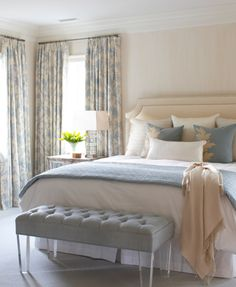 Cabeceira de cama clássica estofada em tecido