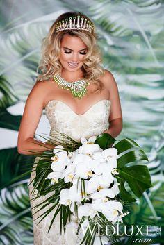 Florist inspiration modern renaissance flower arrangements - Headpiece And Bouquet Nlc Tour 2012 Photo Cred Sbp