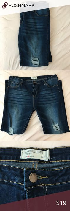 Encore Ripped Skinny Jeans Very fitted, not much stretch. Would be so cured rolled into capris for summer! WORN ONCE Encore Jeans Jeans Skinny