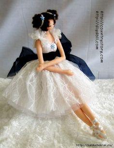 Dancing Dolls, Pretty Dolls, Beautiful Dolls, Wedding Doll, Ballerina Doll, Felt Fairy, Doll Tutorial, Fairy Dolls, Doll Shoes