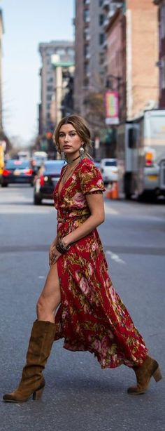 Boots For Dresses Fashion Hailey Baldwin was subtly sexy as she strutted across the street in her boho-inspired Denim Supply Co. floral print dress. - He boots are the queens of all the outfits: day, night, casual, formal. They are always invited and is that not only help us keep our feet warm but their variety of designs make it a complement that offers many alternatives depending on our style and the event we will attend