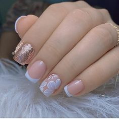 Trendy Nails, Cute Nails, Gel Nail Art Designs, Gold Glitter Nails, Gelish Nails, Pretty Nail Art, Manicure E Pedicure, French Tip Nails, Bridal Nails