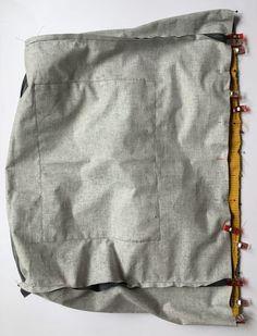 Grand sac fourre-tout décontracté en tissu velours. - Octavie à Paris Girl Dress Patterns, Blouse Patterns, Skirt Patterns, Maxi Dress Tutorials, Fleece Hats, Pattern Drafting, Casual Shorts, Tote Bag, Paris