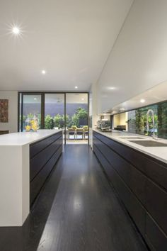 Modern Kitchen Design – Want to refurbish or redo your kitchen? As part of a modern kitchen renovation or remodeling, know that there are a . Home Decor Kitchen, Interior Design Kitchen, New Kitchen, Kitchen Ideas, Kitchen Inspiration, Kitchen Modern, Awesome Kitchen, Eclectic Kitchen, Kitchen Hacks