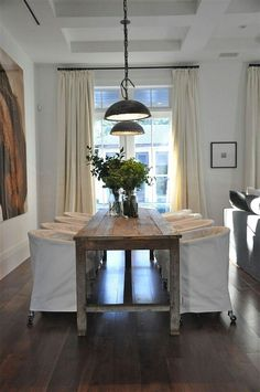 Handmade Farmhouse Table Décor Ideas