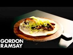 How to make spiced grilled chicken wraps with Gordon Ramsay (VIDEO) | Eat/Drink | Mobile | Malay Mail Online