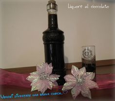 liquore al cioccolato Happiness Recipe, Limoncello, Cocktails, Drinks, Vase, Bottle, Biscotti, Recipes, Canning