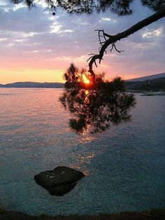 Sunset in Kavala, Greece Thasos, Beautiful Sunset, Beautiful Beaches, Macedonia, Greek Islands, Landscape Photos, Costa, Places To Go, Beautiful Pictures