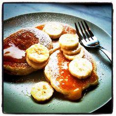 Ricotta Panckakes with Honey butter