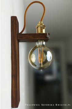Rustic Wall Lighting, Modern Lighting Design, Cool Light Fixtures, Driftwood Lamp, Wooden Pallet Furniture, Steampunk Lamp, Diy Holz, Wooden Lamp, Pipe Lamp