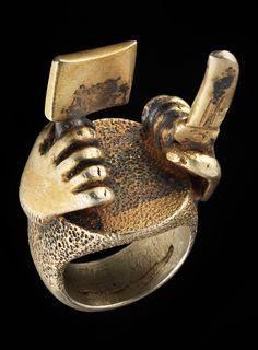 Africa | Asante ring. Ghana | Gold alloy | Est. 900 - 1'800 CHF ~  (Dec '11)