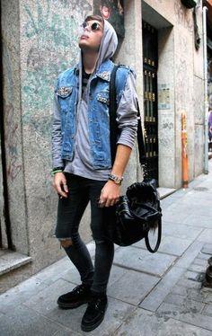 【街頭型男】今年帽T的4種新穿搭方式!冬天最好搭配的單品輕鬆學! - Page 3 | manfashion這樣變型男-最平易近人的男性時尚網站