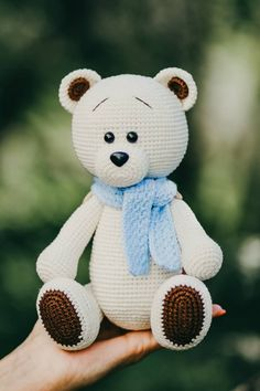 All free amigurumi crochet patterns and tutorials. Crochet Patterns Amigurumi, Amigurumi Doll, Crochet Dolls, Knitted Dolls, Crochet Stitches, Free Crochet, Crochet Baby, Single Crochet, Crochet Birds