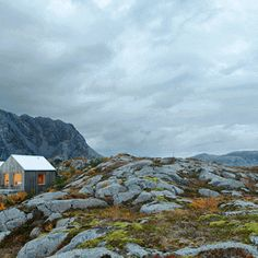 When an English prince took his new love on a romantic getaway, he chose a cabin holiday in Norway. Norwegians flock to the mountains and more new cabins are being built than ever before. Holidays In Norway, Romantic Getaway, Cabin Fever, Scandinavian, Mountains, Building, Travel, Voyage, Buildings