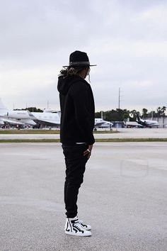 Future Hendrix wearing  Pierre Hardy Les Baskets High Sneaker, Neil Barrett Peace Printed Cotton-Jersey T-Shirt