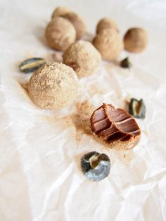 Salty liquorice & milk chocolate truffles