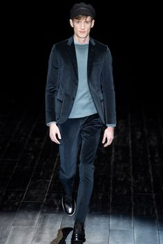 Gucci - Fall 2014 Menswear - Look 18 of 41?url=http://www.style.com/slideshows/fashion-shows/fall-2014-menswear/gucci/collection/18
