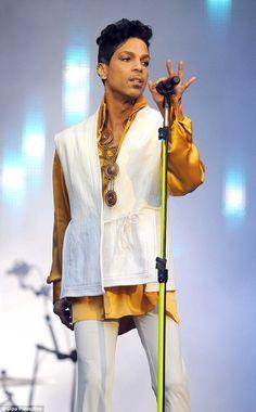 "Let's go crazy: Despite his 5'2"", Prince's former basketball coach claims the…"