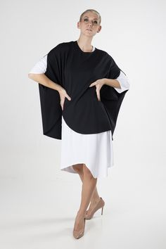 Emma Cape Phantom Pernille Fristad Kepaza playful, positive, sustainable, colourful and print fashion label Fashion Brand, Fashion Show, Fashion Outfits, Fashion Design, Fashion Clothes, Black Cape, White T, Fashion Labels, Cold Day