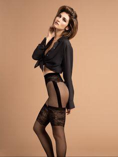 Fijne panty met jarretel-look en bloemenmotief Hasty van Fiore, 15 DEN Nylons, Stockings, Van, Meet, Boutique, Fashion, Human Height, Beautiful Legs, Thighs