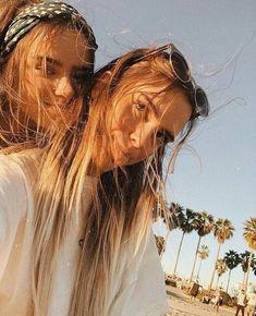 Kaila margolis adlı kullanıcının s u m m e r panosundaki pin Bff Pictures, Best Friend Pictures, Summer Pictures, Friend Photos, Beach Pictures, Bff Pics, Best Friend Goals, Best Friends, Gal Pal