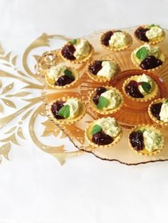 1000 images about vegetarian canapes on pinterest goat for Vegetarian canape