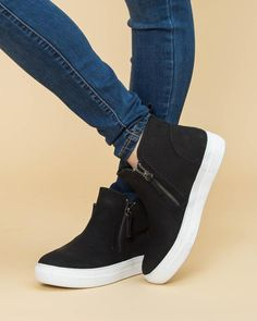 Sneakers Fashion, Fashion Shoes, Eleven Oaks Boutique, Casual Shoes, High Tops, Adidas Sneakers, Slip On, Zip, My Style