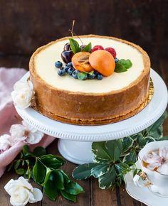 """130 curtidas, 6 comentários - @recebercomcharme no Instagram: """"New York Style Cheesecake... vejam que lindo!!! 😍😍😍 Para quem gosta, esta receita da CyberCook é…"""""""