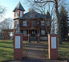 Charles Boynton house (1887), Sycamore, Illinois by ihynz7, via Flickr