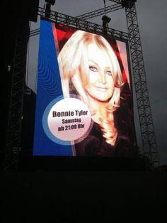 Bonnie Tyler - Picture by Kevin Laue #bonnietyler #gaynorsullivan #gaynorhopkins #thequeenbonnietyler #therockingqueen #rockingqueen #music #rock #2013 #germany #potsdam #concert