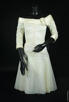 Edward Scissorhands Kim Boggs' White Dress: I'm determined to make this!
